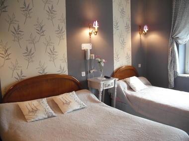 Hôtel le clos du Montvinage une chambre luxe au premier étage