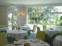 chauny_restaurant_la_toque_blanche_salle_restaurant