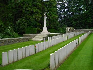 Cimetière de Trefcon < Caulaincourt < Guerre 14-18 < WWI < Aisne < Picardie < France