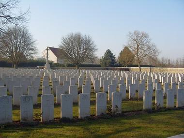 Cimetière britnanique de La Chapelle < Guerre 14-18 < WWI < Holnon < Aisne < Picardie < France