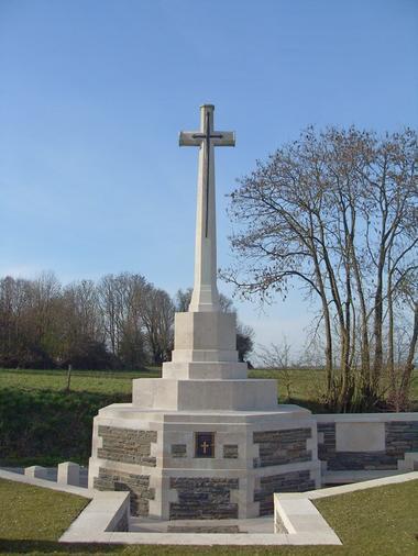 Cimetière britannique de Beaurevoir < Guerre 14-18 < WWI < Aisne < Picardie < France