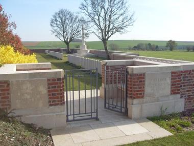 Cimetière < Beaurevoir < Guerre 14-18 < WWI < Aisne < Picardie < France