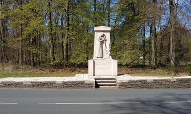 circuit du souvenir en foret de Retz - monument Passant Arrete-toi - 1ere Guerre mondiale © OT Retz-en-Valois (4)