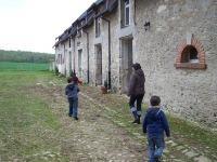 craonnelle_centre_equestre_chemin_des_dames_facade_ecuries