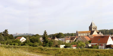 Eglise Notre Dame vue pano < Bruyères-et-Montbérault < Aisne < Picardie
