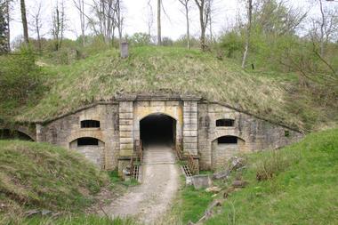 Fort Sérurier III 2015 < Mons-en-Laonnois < Aisne < Picardie