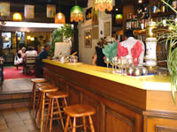 laon_restaurant_le_patio_interieur_bar