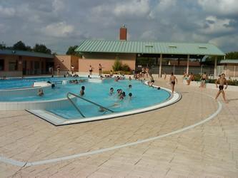 piscine1<Chaourse<Aisne<Picardie