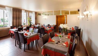 Restaurant Chez Jeannot salle < Etouvelles < Aisne < Picardie