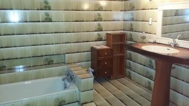 salle de bain RDC la neuville les dorengt
