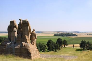 Les Fantômes de Paul Landowski < Butte Chalmont < Oulchy-le-Château < Guerre 14-18 < WWI <Oulchy-Le-Château < Aisne < Picardie < France