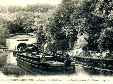 Monument britannique du Pont de Riqueval
