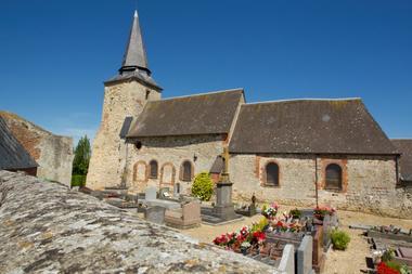 Eglise fortifiée de Faty