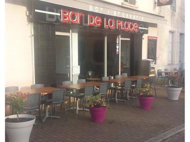 Bar de la Place-Guer-Brocéliande-Bretagne