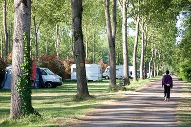 CAMPING MERLIN L'ENCHANTEUR