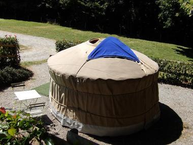 Yourte - Hébergements insolites - Camping des Cerisiers - Guillac - Morbihan - Bretagne