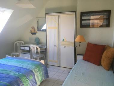 DESCARREGA. Chambre 1. étage avec vue sur îles Chausey.Cancale