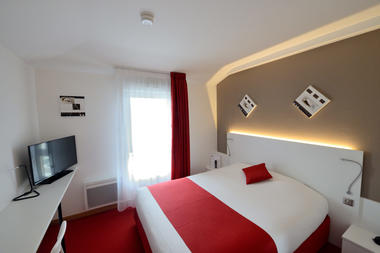 Inter-Hôtel Loval