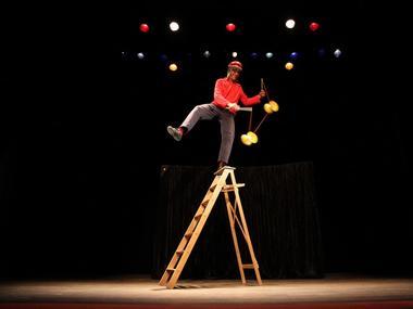 M. Végas - Compagnie Eocirk - Cirque burlesque - Cruguel - Morbihan - Bretagne