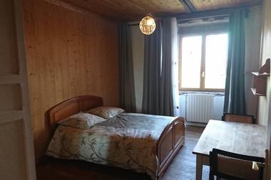 Gite-Ar-Merglet-Maxent-chambre4-2
