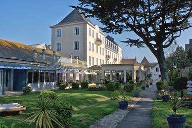 Grand Hôtel de Courtoisville & Spa