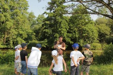 des stages pêche pour les enfants