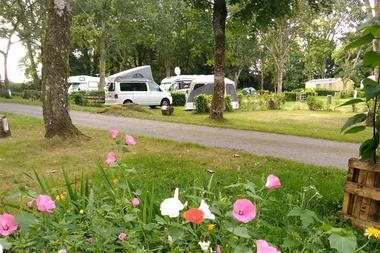 Camping Le Lac ô Fées