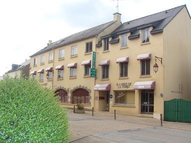 restaurant-A-l'orée-de-la-forêt-ploërmel-destination-brocéliande-bretagne-Sud