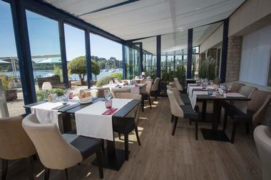 Hôtel-Restaurant Best Western Le Roof
