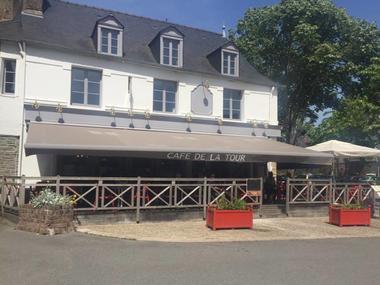 café de la tour - terrasse - Ploërmel - Brocéliande