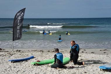 Surfing des Abers