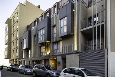 Hôtel & Appart Hôtel L'Adresse