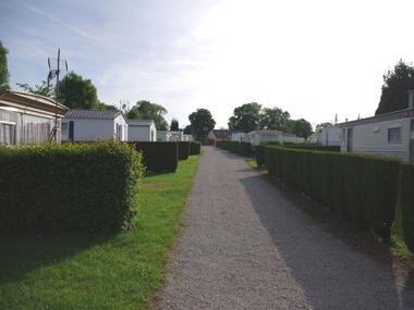 Camping du Prieuré à Bavent - vue générale mobil home