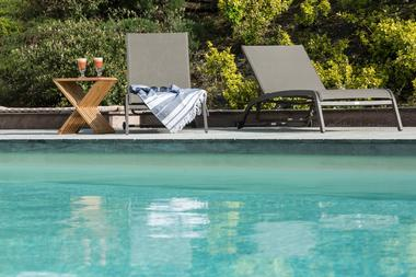 Maison-hotes-LaMaisondeLeopold-ambiance--piscine