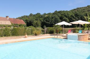 Mensac_locations_avec_piscine_à_partager2
