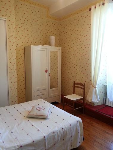 Chambre lit double_Le Manoir de Carlux redim