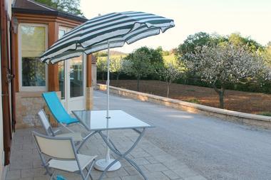 Croix_de_pierre_terrasse