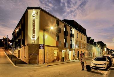 Hotel-Le-Compostelle-Sarlat-Perigord-noir