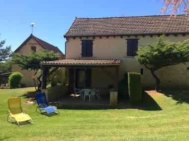 Lapervoisie2_location_avec_piscine_a_partager_en_camapgne2
