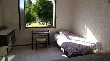 moncoutant-chambre-dhotes-domaine-de-letang-chambre4