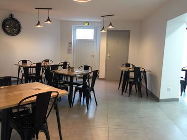 moncoutant-salon-de-the-le-bon-cothe-salle2