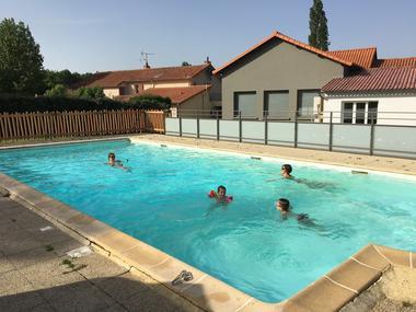 moutiers-sous-chantemerle-domaine-des-sablieres-piscine-2
