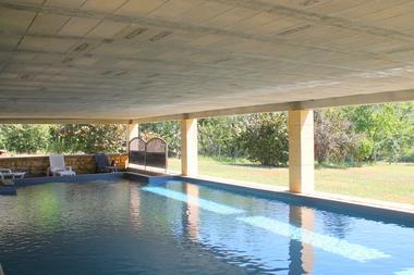 bayaou - naudissou - piscine couverte et chauffée  à sarlat4