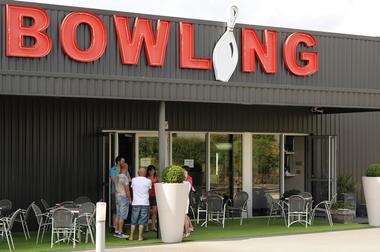 bowling--pw--2