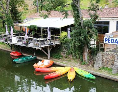 camping-au-lac-hautibus-pedalos-canoe-kayak