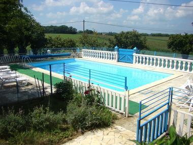la chapelle - 060023 - location de vacances - piscine