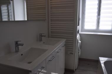 la-chapelle-largeau-gite-le-petit-logis-salle-de-bain