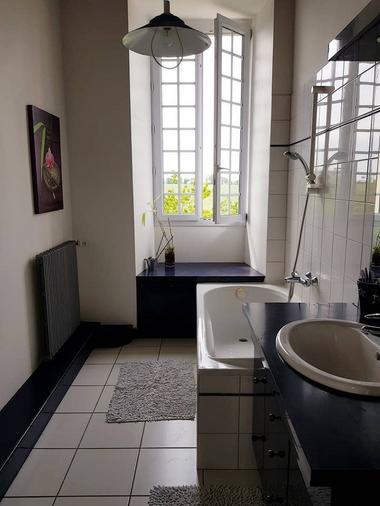 le-temple-gite-a-la-commanderie-salle-de-bain