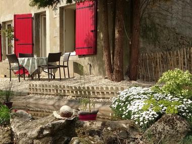 st-aubin-de-baubigne-chambres-dhotes-unbeauregard-terrasse1