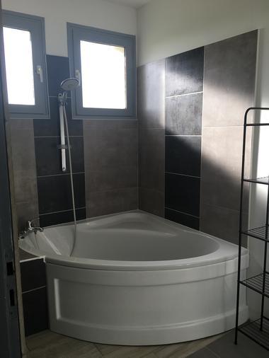 st-aubin-de-baubigne-gite-chez-juliette-salle-de-bain